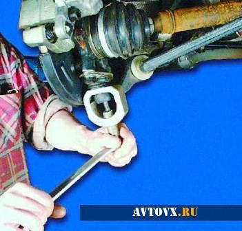 Замена шаровой опоры ВАЗ 2110