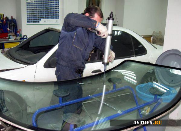 Замена ветрового стекла ВАЗ 2110