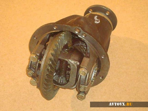 Задний редуктор ВАЗ 2106
