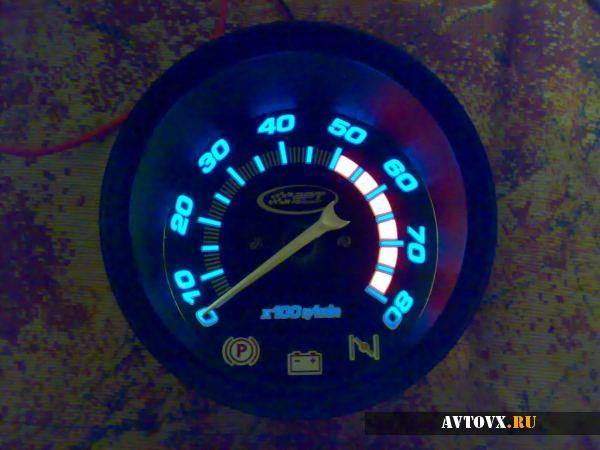 Тахометр с подсветкой ВАЗ 2106