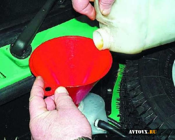 Замена охлаждающей жидкости ВАЗ 2110