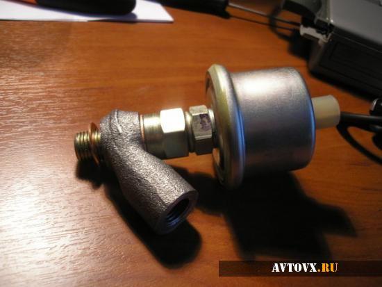 Датчик давления масла в системе ВАЗ 2110