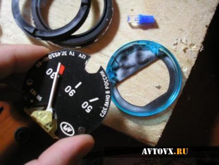 Панель приборов в разборе ВАЗ 2106