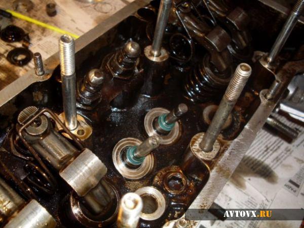 Замена маслосъемников ВАЗ 2106