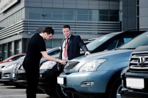 Преимущества покупки авто у официального дилера фото