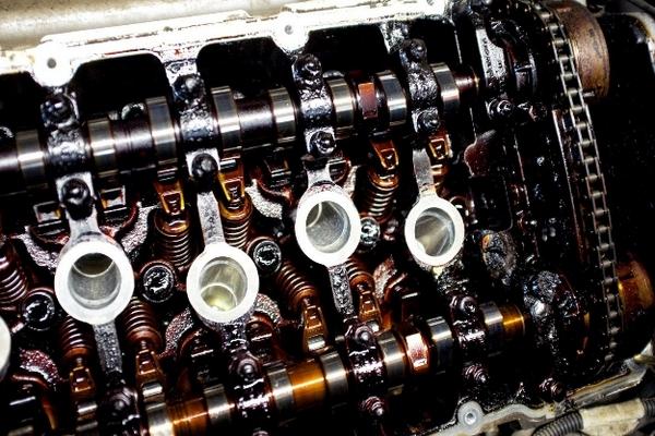 Что может стать причиной поломки двигателя? фото
